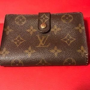 💕‼️Authentic LV Monogram Compact Wallet